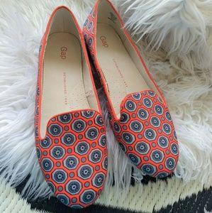 New GAP Satin printed flats orange brocade 6.5